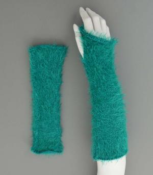 GLOVES/ARM WARMERS :: Wholesale Accessories