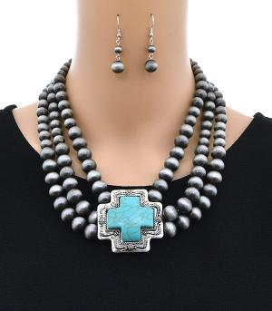 <font color=Turquoise>TURQUOISE JEWELRY</font> :: Layered Navajo Bead Necklace Set