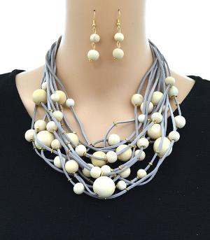 New Arrival :: Trendy Wood Bead Necklace Set