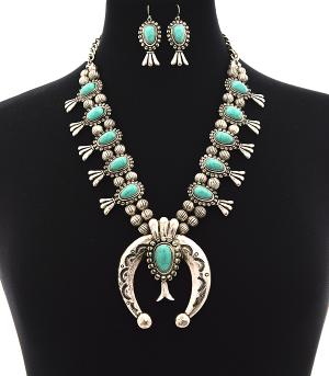 New Arrival :: Squash Blossom Fashion Necklace Set