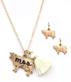 New Arrival :: Cow Tassel Necklace Set