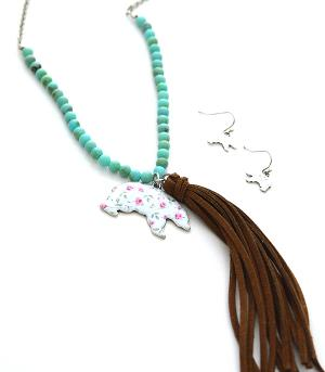 New Arrival :: Floral Bear Tassel Necklace Set