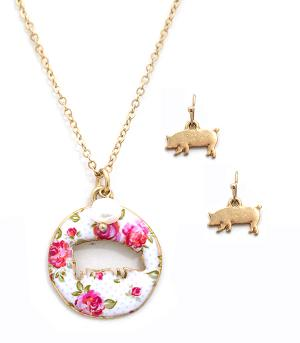 New Arrival :: Floral Pig Cut-Out Necklace Set