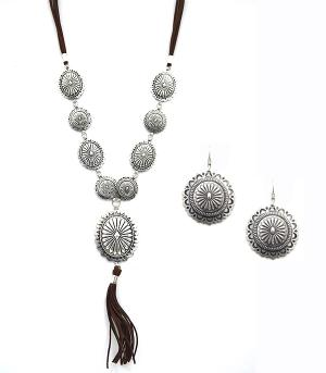 New Arrival :: Trendy Concho Tassel Necklace Set
