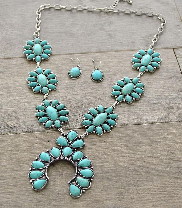 <font color=Turquoise>TURQUOISE JEWELRY</font> :: Squash Blossom Statement Necklace Set