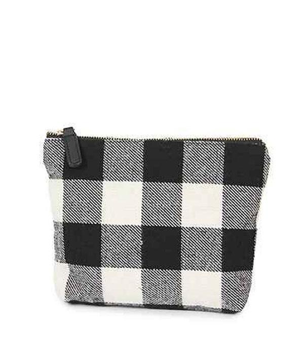 New Arrival :: Plaid Clutch