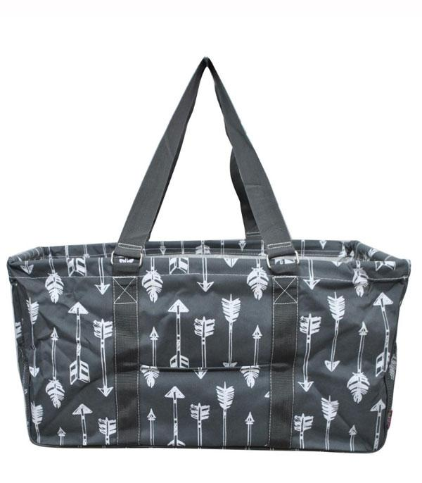 TRAVEL :: CASSEROLE | COOLERS | UTILITY TOTES :: Arrow Print Framed Utility Tote