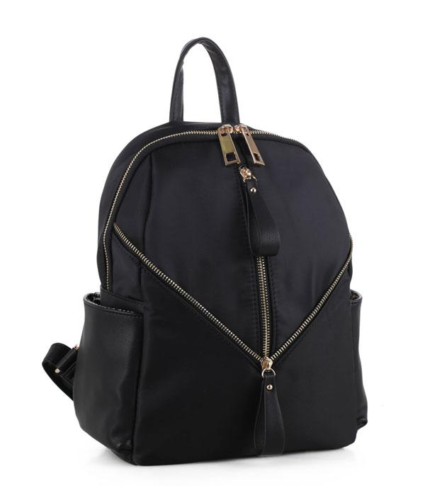 HANDBAGS :: FASHION :: Modern Chic Backpack