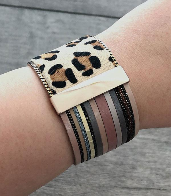 New Arrival :: Wholesale Animal Faux Fur Leather Bracelet