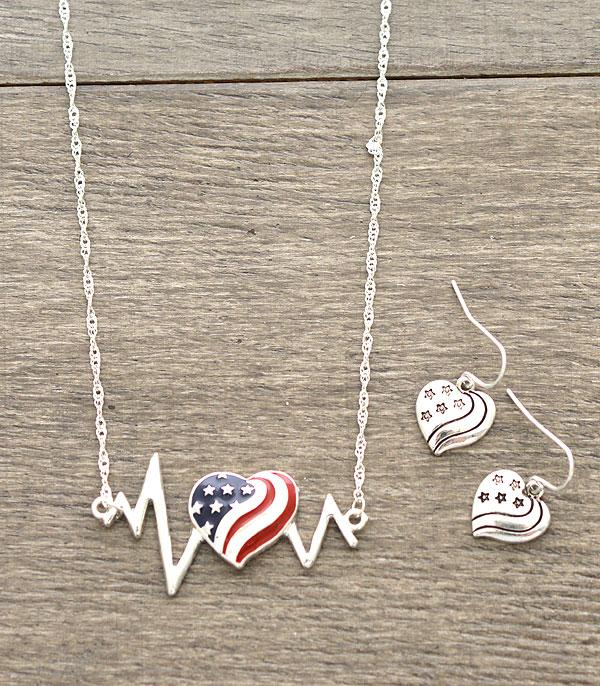 New Arrival :: Wholesale Patriotic Heartbeat Necklace
