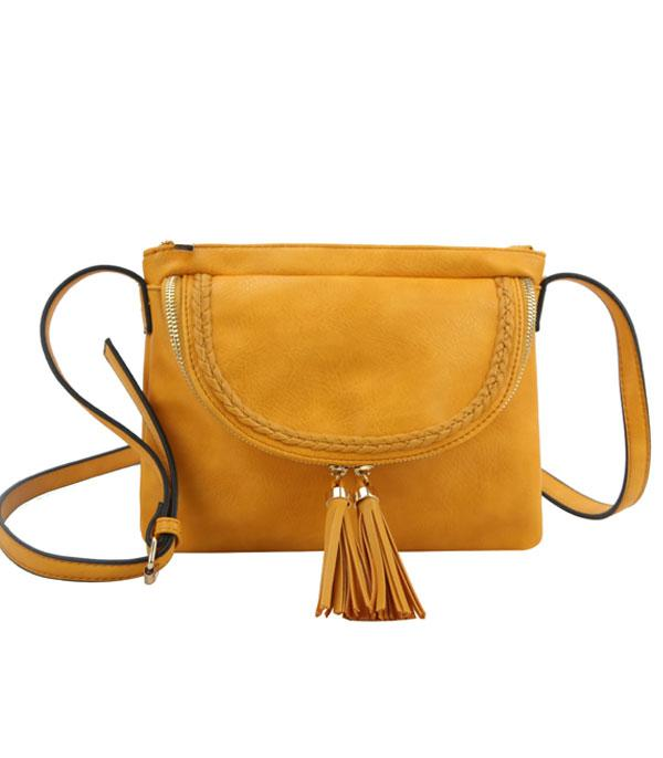 New Arrival :: Wholesale Woven Trim Crossbody Bag w/Tassel