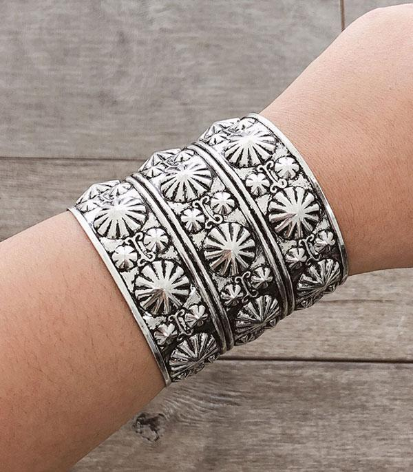 New Arrival :: Wholesale Western Silver Antiqued Cuff