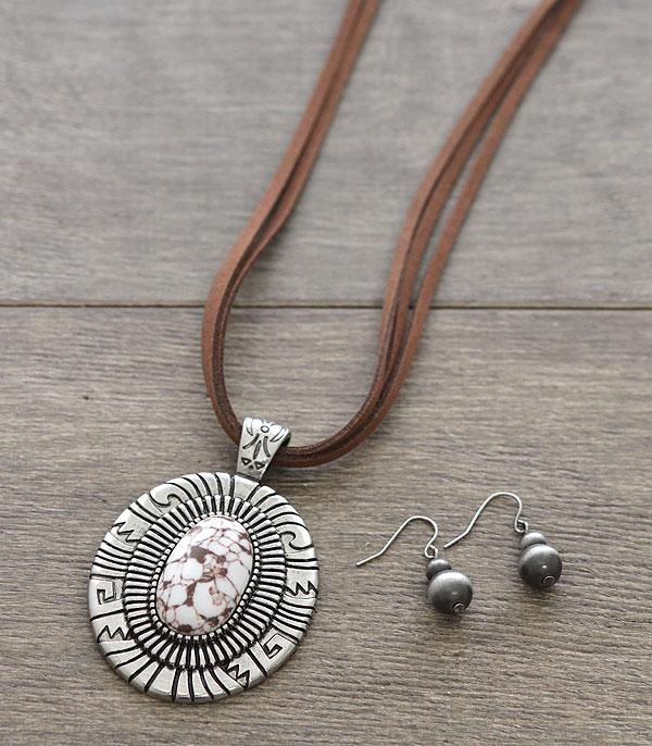 New Arrival :: Wholesale Western Stone Pendant Necklace