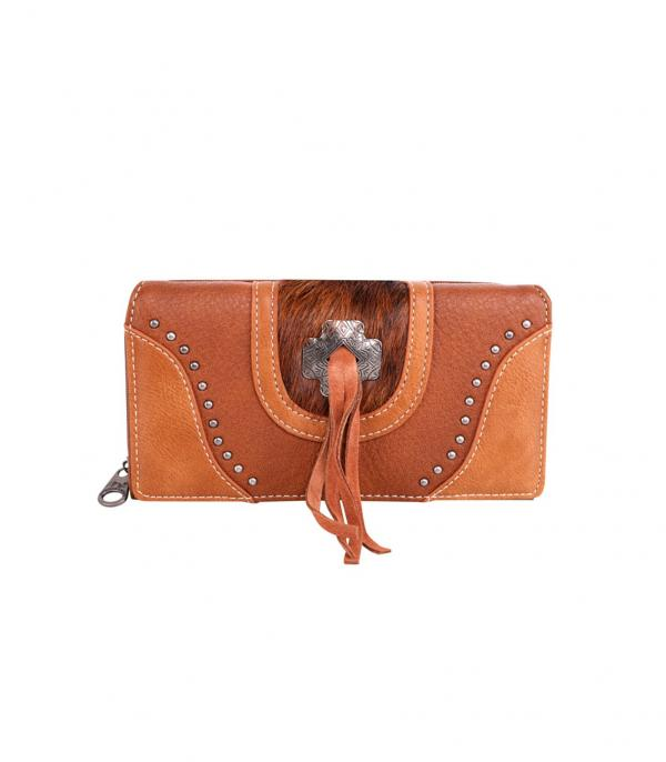 New Arrival :: Wholesale Montana West Cowhide Concho Wallet