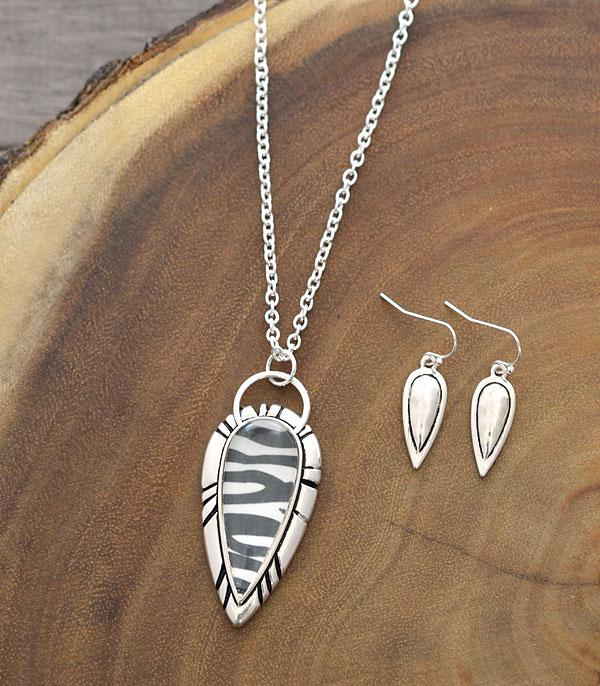New Arrival :: Wholesale Tailored Zebra Pendant Necklace Set
