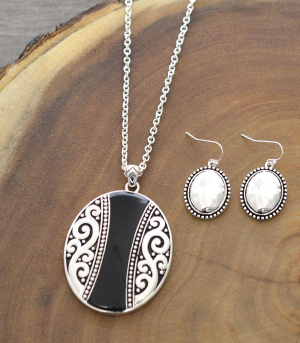 New Arrival :: Wholesale Black Silver Oval Pendant Necklace